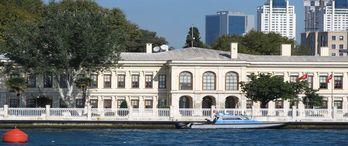 Dolmabahçe Başbakanlık Çalışma Ofisinin çevresi yeniden düzenlenecek
