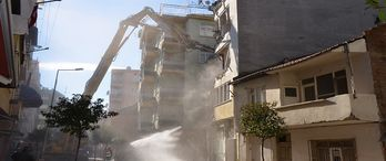 İstanbul'da 66 bin riskli bina tespit edildi