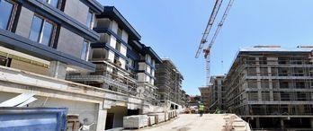 Erguvan Evleri Kentsel Dönüşüm Projesi'nde inşaat sürüyor