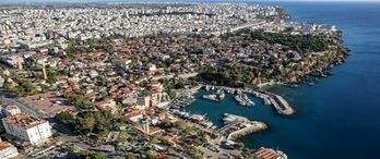 Antalya'da Ekim ayında 5 bine yakın konut satıldı