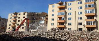 Tekirdağ'da 90 binanın yıkımı sürüyor