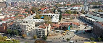 Bursa'nın tarihi bölgesinde çok katlı binalar yıkılıyor