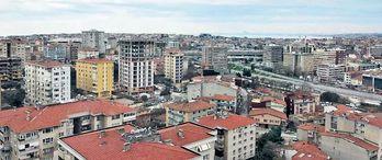 Fikirtepe'de riskli evler boşaltılıyor
