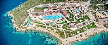 Euphoria Aegean Resort Otel'in Arsası Satışa Çıkıyor