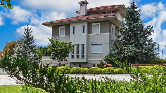 West Wall Marina Villaları