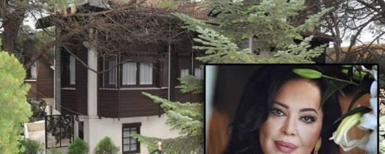 Türkan Şoray Bebek'teki Evini Satışa Çıkardı