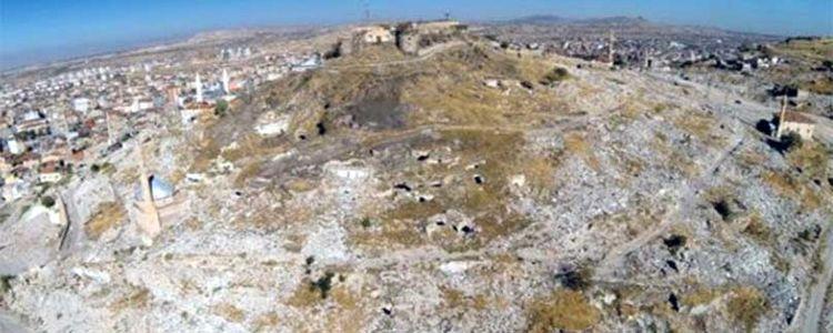 TOKİ Nevşehir'de 5 Bin Yıllık Tarihi Kent Keşfetti