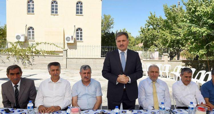 Çarmuzu Mahallesi'nden, Başkan Çakır'a Teşekkür Yemeği!
