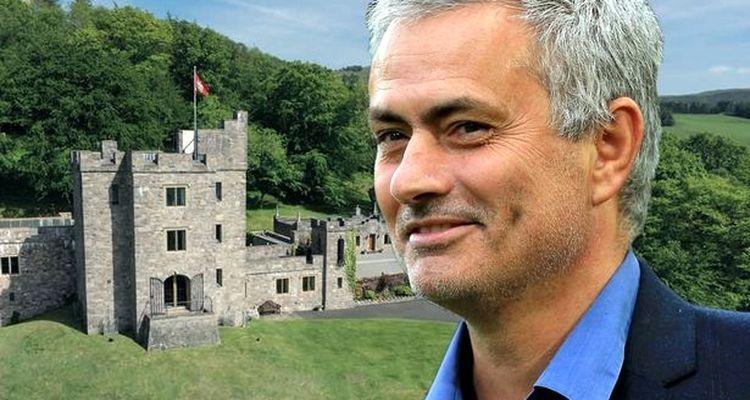 Jose Mourinho 3,9 Milyon Pounda Kale Satın Alıyor