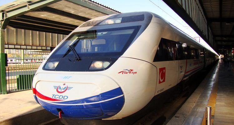 Ankara – İstanbul Hızlı Tren Hattı Açılışı Yine Ertelendi