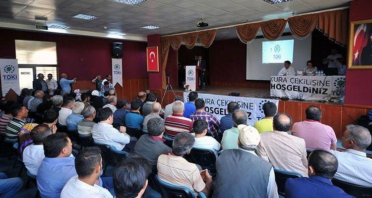 TOKİ Kars Sarıkamış'taki 233 konut için kura çekilişi yaptı