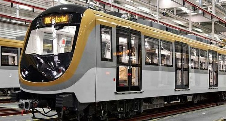 Üsküdar-Yamanevler Metro Hattı hizmete açıldı