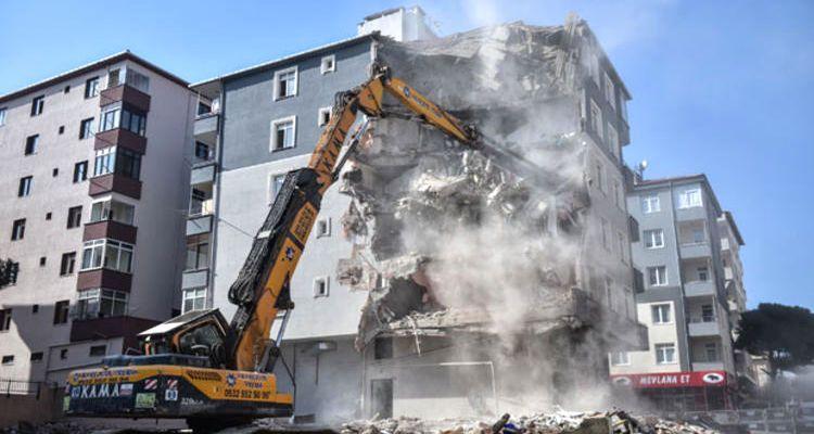 Deprem riski taşıyan tüm binalar yıkılacak