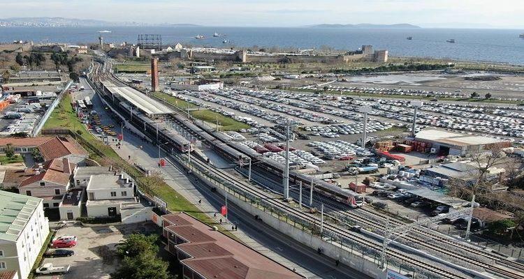 Halkalı-Gebze banliyö hattının yüzde 97'si bitti