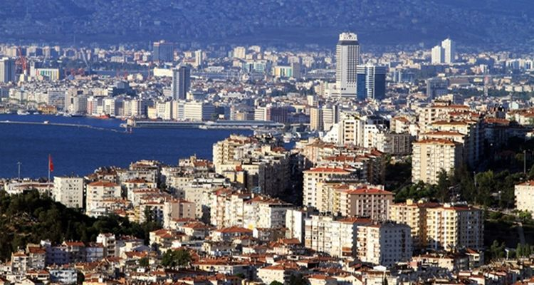 2020 yılında İzmir ve Antalya'daki kaçak yapılar yıkılacak