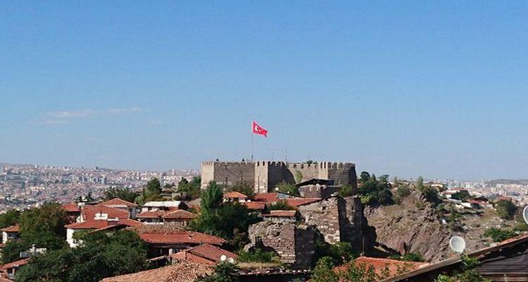 Ankara Kalesi çevresinde dönüşüm başladı