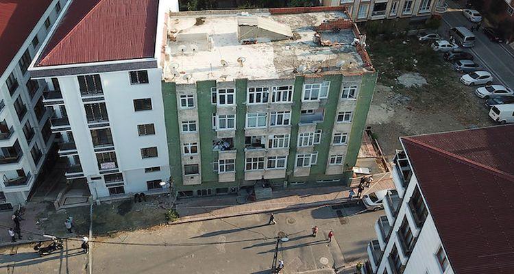 İstanbul'da mühürlü binalar incelendi