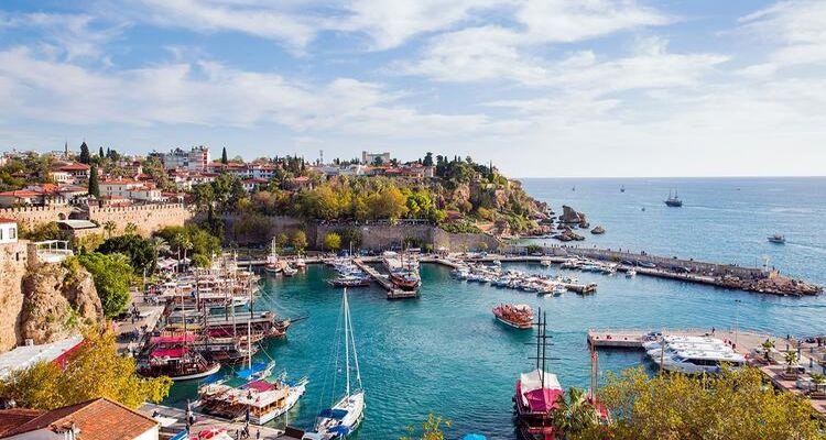 Antalya'da kiralık villalara olan ilgi arttı