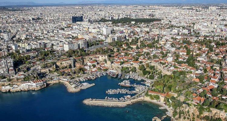 Antalya'da yabancılara konut satışı geçen yıla göre arttı