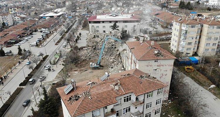 Elazığ'da kentsel dönüşüm çalışmaları sürüyor