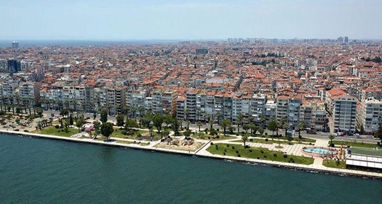 İzmir'de en fazla konut stoku Karşıyaka'da bulunuyor