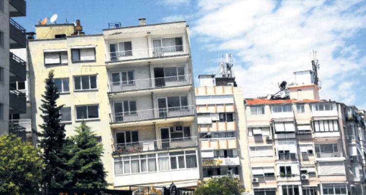 İzmir'deki eğik binalar yıkılıp yeniden yapılacak