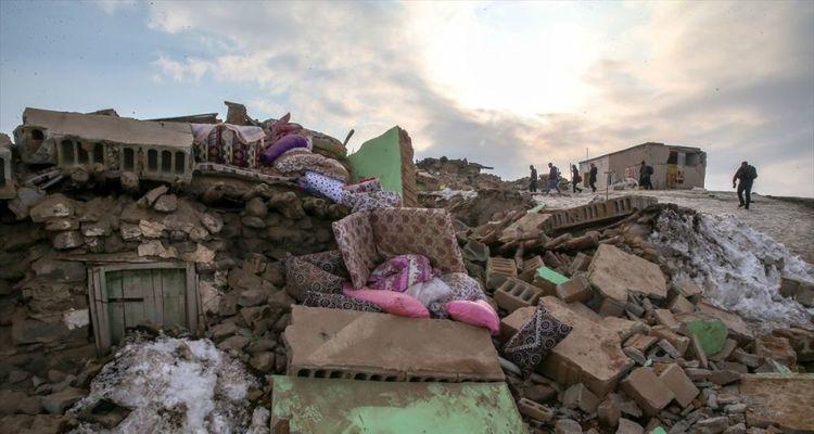 Van'da 694 ağır hasarlı yapı tespit edildi
