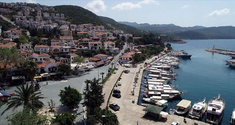 Antalya Kaş'ta 7 adet arsa satışa sunuldu