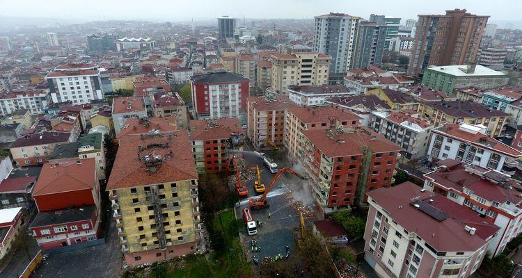 Bağcılar'da 190 konutluk kentsel dönüşüm projesi başladı