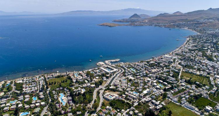 Bodrum'un değerli bölgelerinde 7 arsa satışa sunuldu
