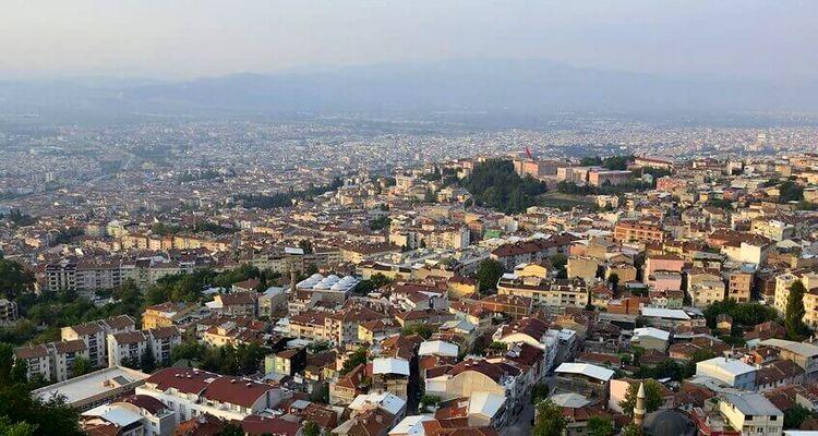 Bursa Yıldırım'da riskli yapıların yıkımı başladı