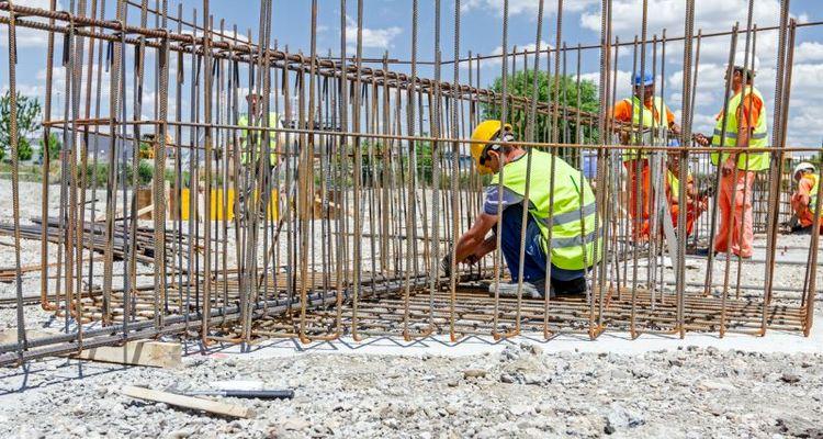 Demir ve çimento zamları konut üreticilerinden tepki çekti