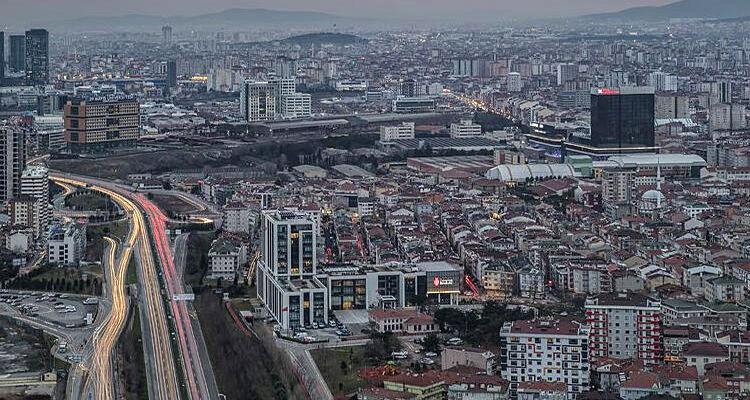 İstanbul'da 125 bin binanın ağır hasar göreceği tahmin ediliyor