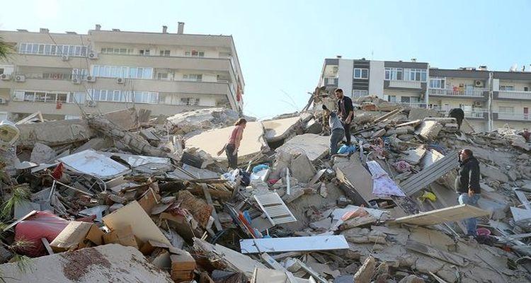 İzmir'de 17 enkaz tespit edildi