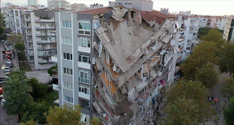 İzmir'de acil yıkılacak bina sayısı 309 oldu
