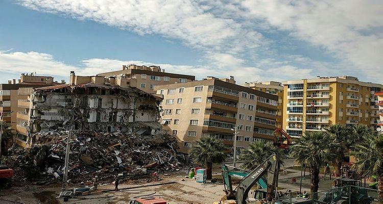 Orta hasarlı binalarda girişe izin yok