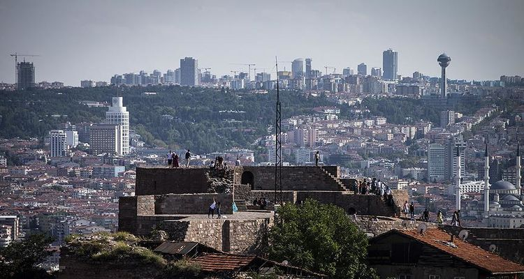 Ankara'da Nisan ayında satışlar yüzde 102 arttı