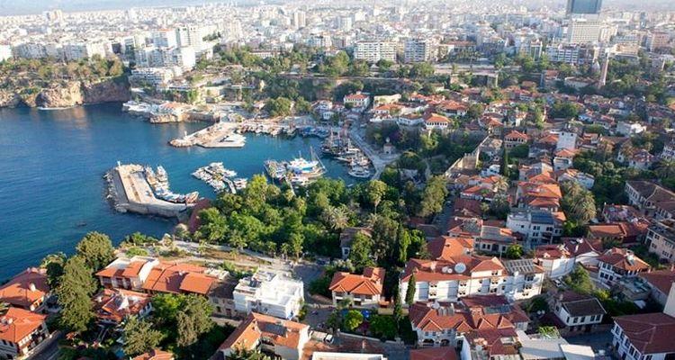 Antalya'daki yabancılara konut satışı rekora gidiyor