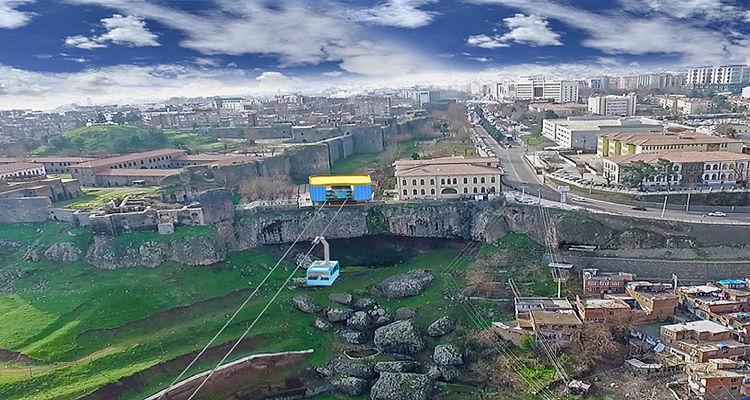 Diyarbakır'daki kentsel dönüşüm projesinde teslimler başladı