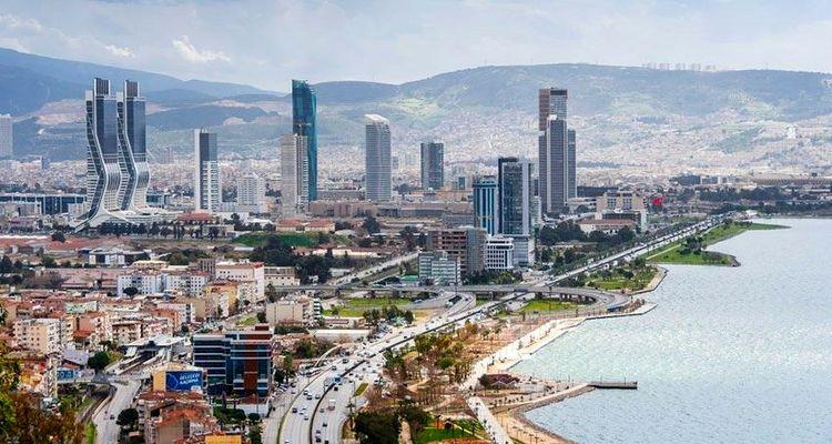 İzmir'de konut satışları Mart ayında düştü