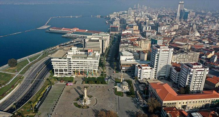 İzmir'de konut satışları yüzde 63 geriledi