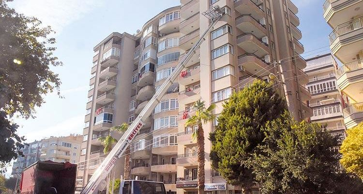 İzmir'de orta hasarlı yapılar dönüşüm için onay bekliyor