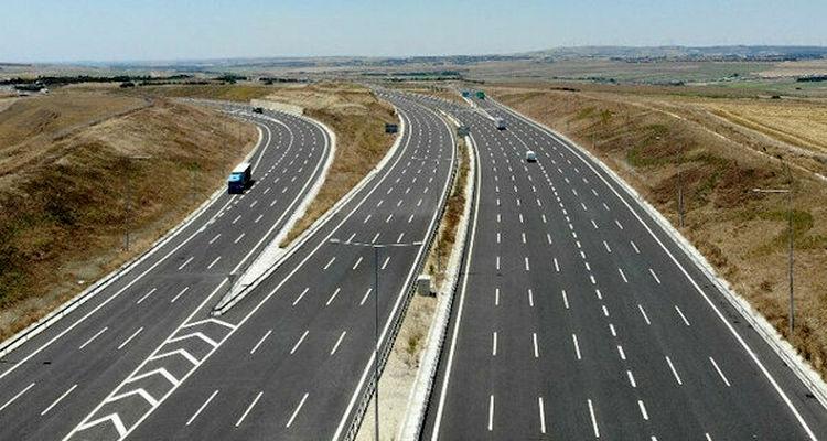 Kuzey Marmara Otoyolu'nun son kesimi hizmete açıldı
