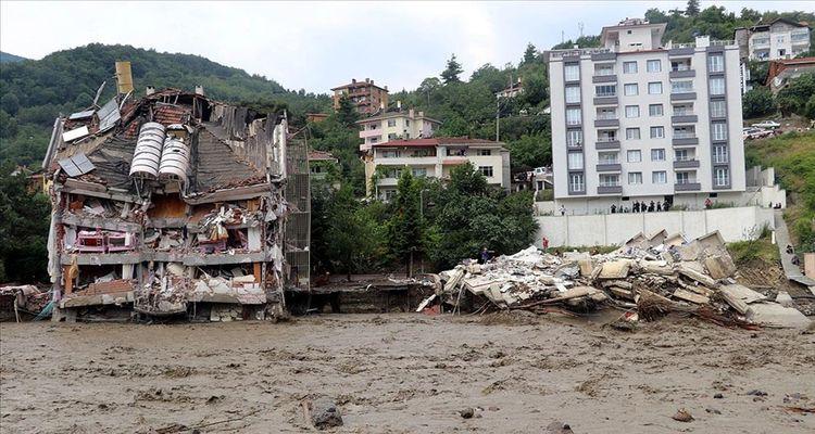 Sel felaketinde 109 bina için acil yıkım kararı