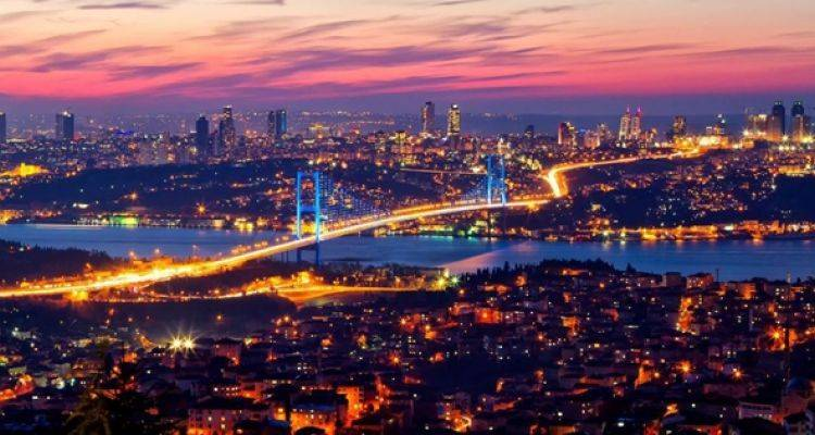 İstanbul'daki Mega Projeler Konut Fiyatlarını Uçurdu