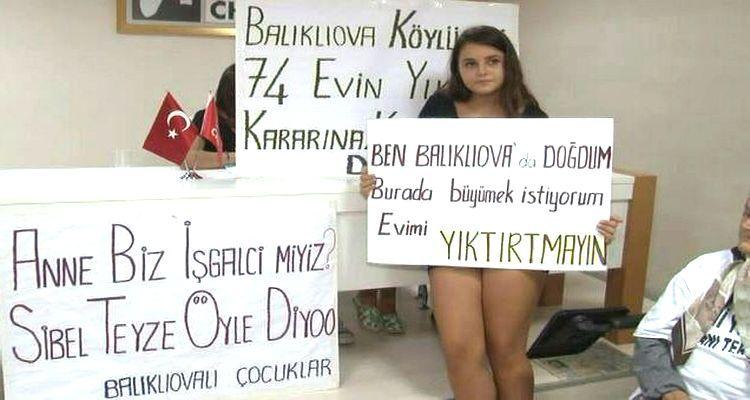 Balıklıova Sakinleri Yıkım Kararını Protesto İçin Chp İl Binasını Bastı!