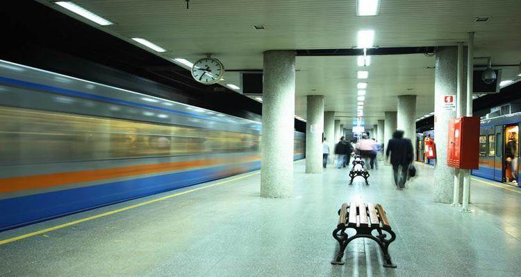 İstanbul Metro Çalışma Saatleri