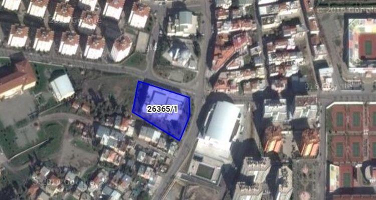 İzmir Karşıyaka Belediyesi'nden Satılık Bina