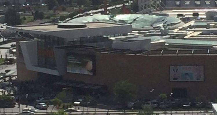Ankara'da AVM'nin Çatısı Çöktü