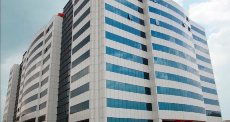 İstanbul Ticaret Sarayı Giyimkent'te Metrekaresi 25 TL